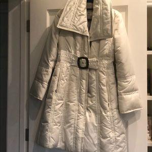 Beautiful, Long Puffer Coat with Big Belt
